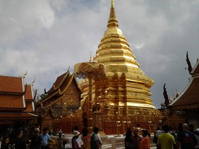 Golden chedi at Wat Doi Suthep