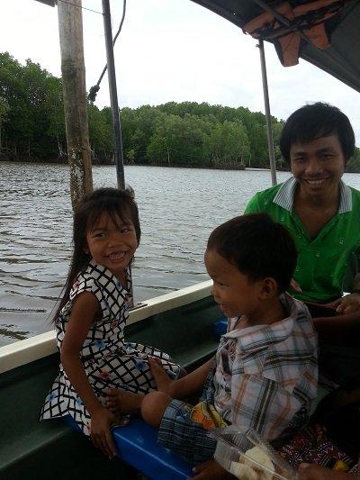 Boat to Farm Poo Nim