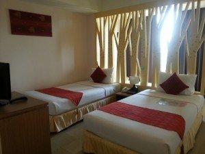 Maninarakorn Hotel beds
