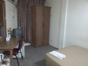 Suria Hotel bedroom