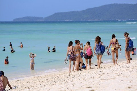 Koh Phi Phi is busiest from November to April