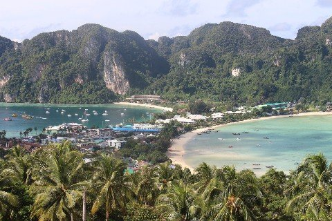 Ferries arrive at Ton Sai bay in Koh Phi Phi