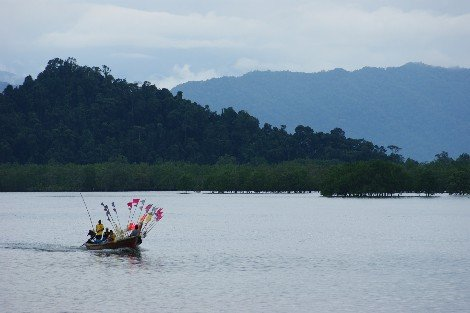 Longtail boat from Ranong to Kawthaung in Myanmar