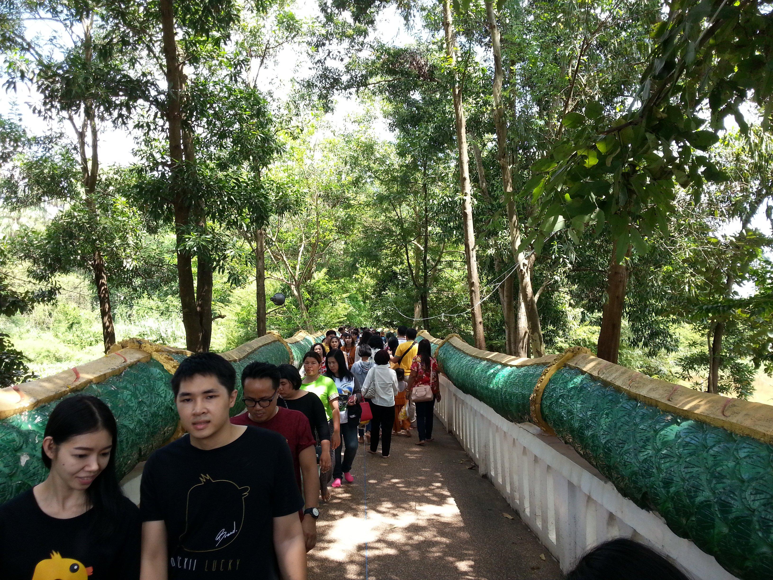 Naga bridge to Wat Kham Chanot Forest