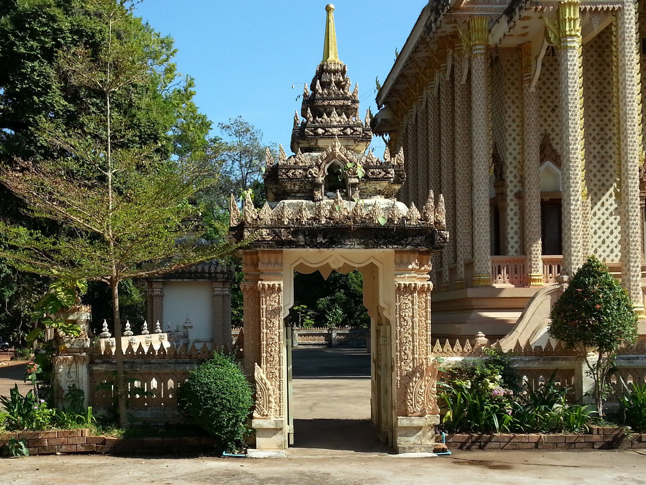 Khmer style entrance to the viharn
