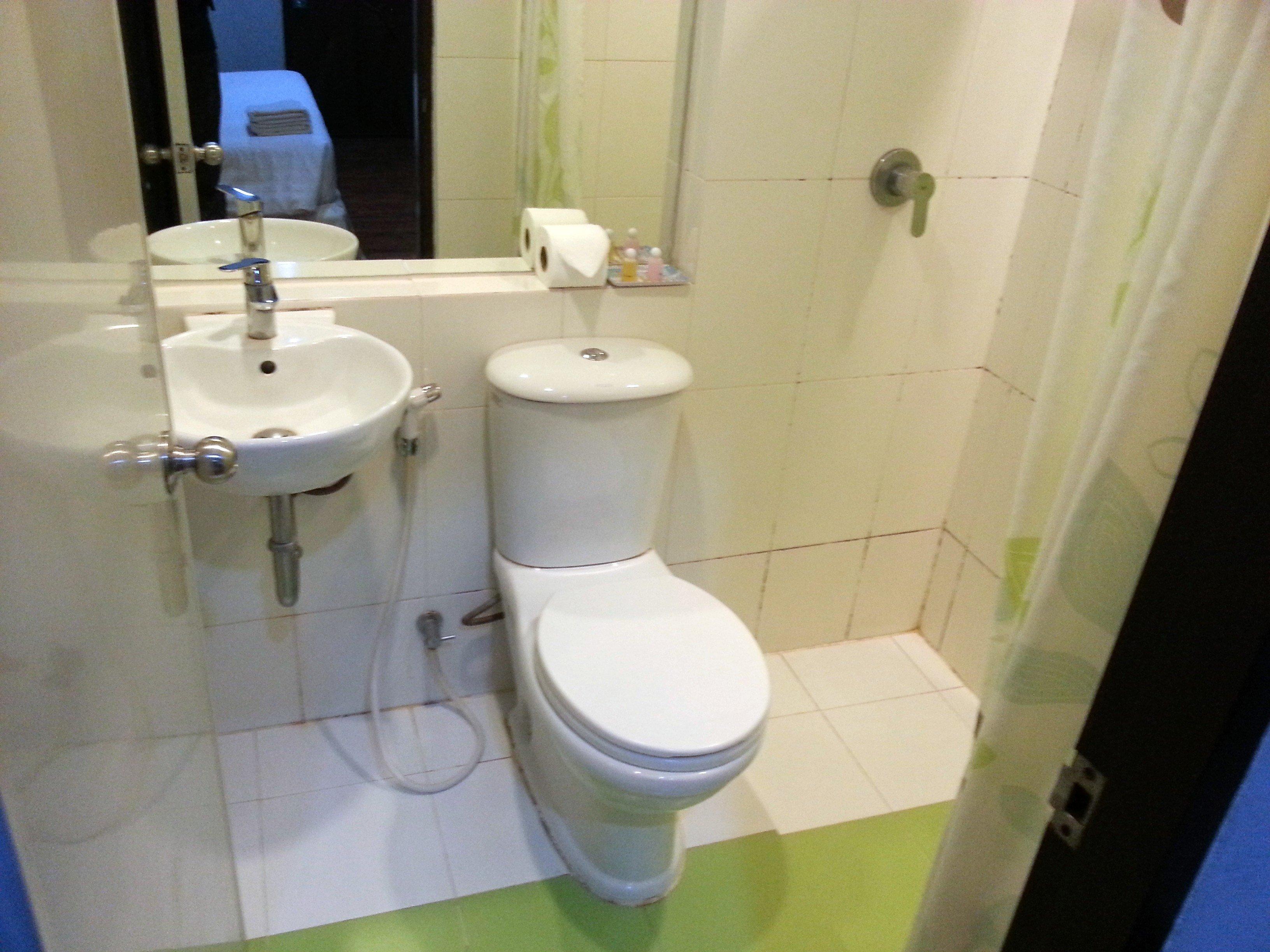 Bathroom at the SF Biz Hotel