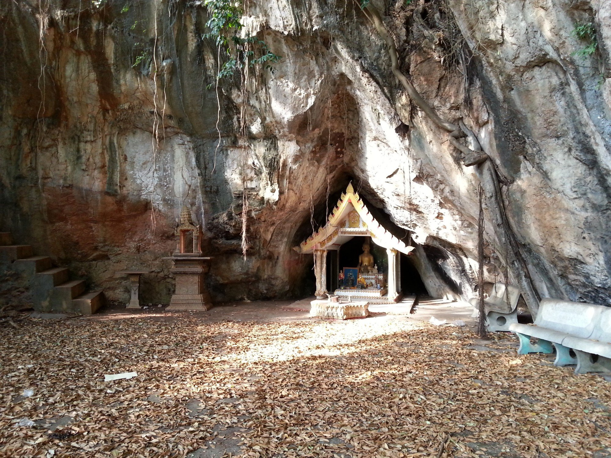 Shrine at Nang Khlot Cave