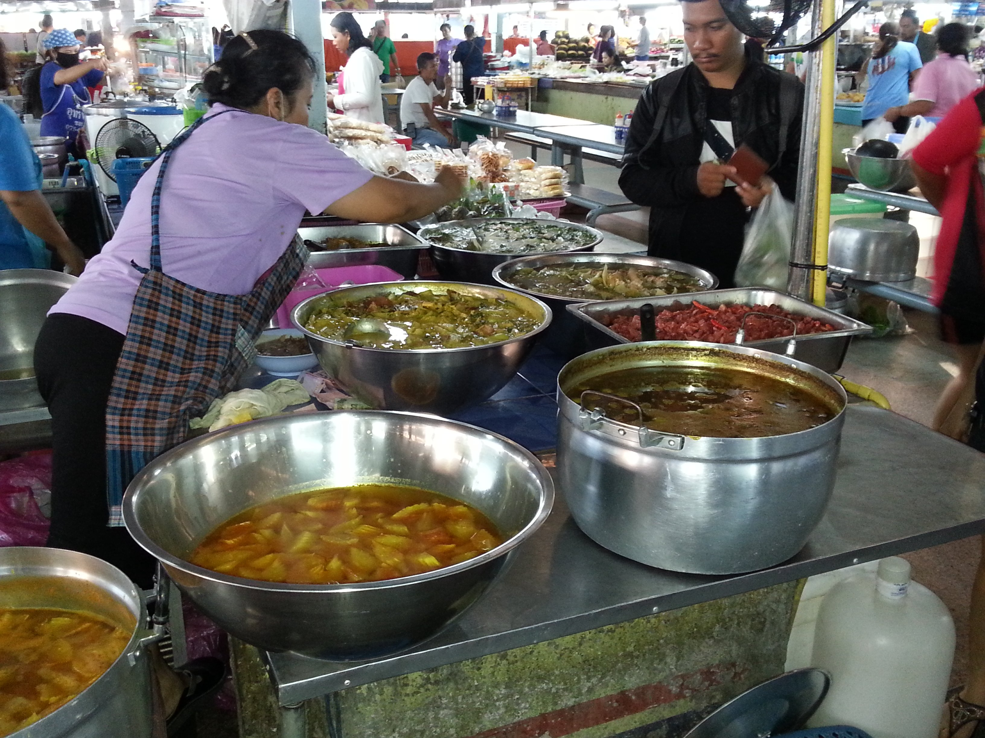 Southern Thai curries at Maharaj Food Market