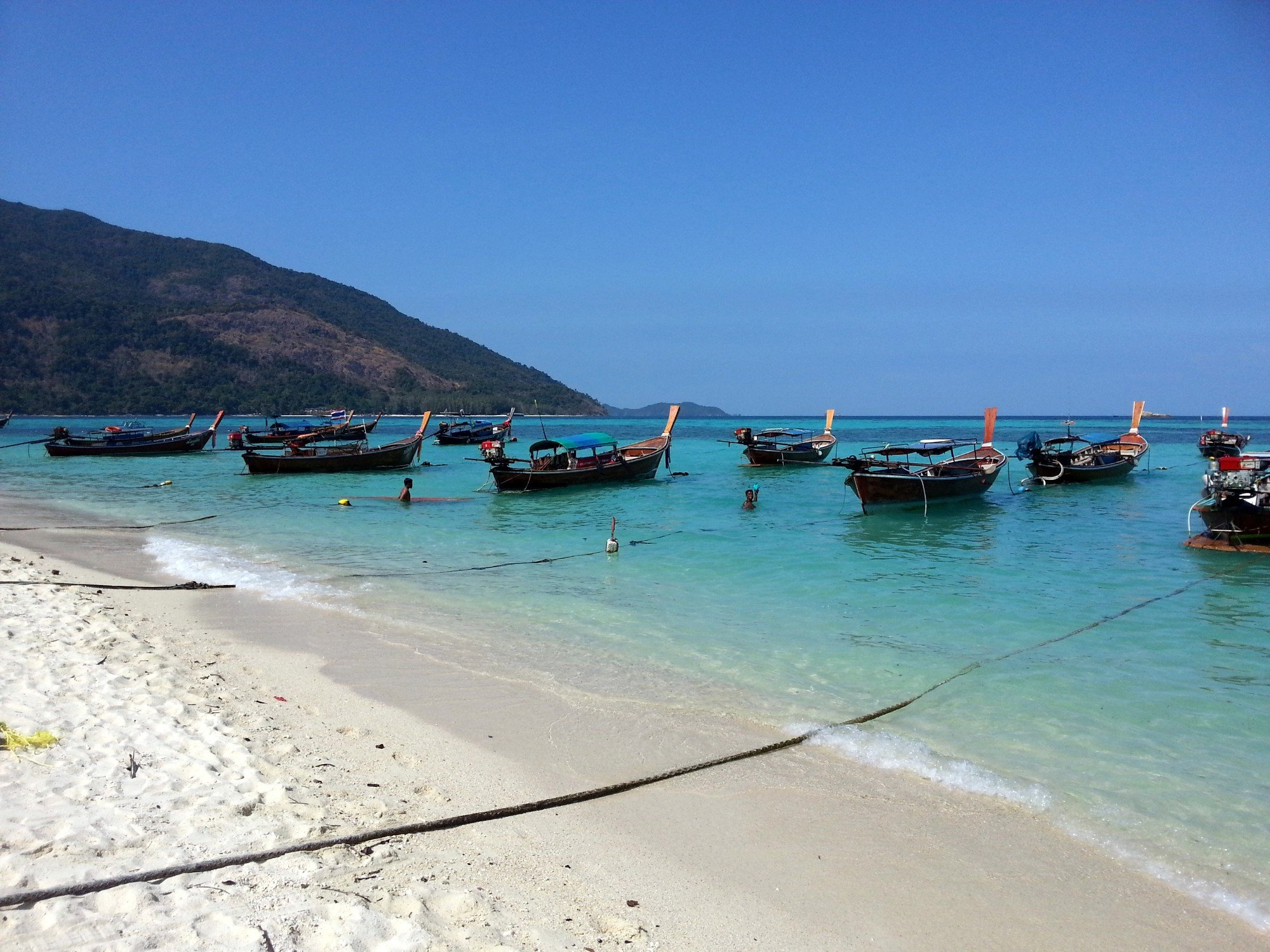 Taxi boats on Bulow Beach