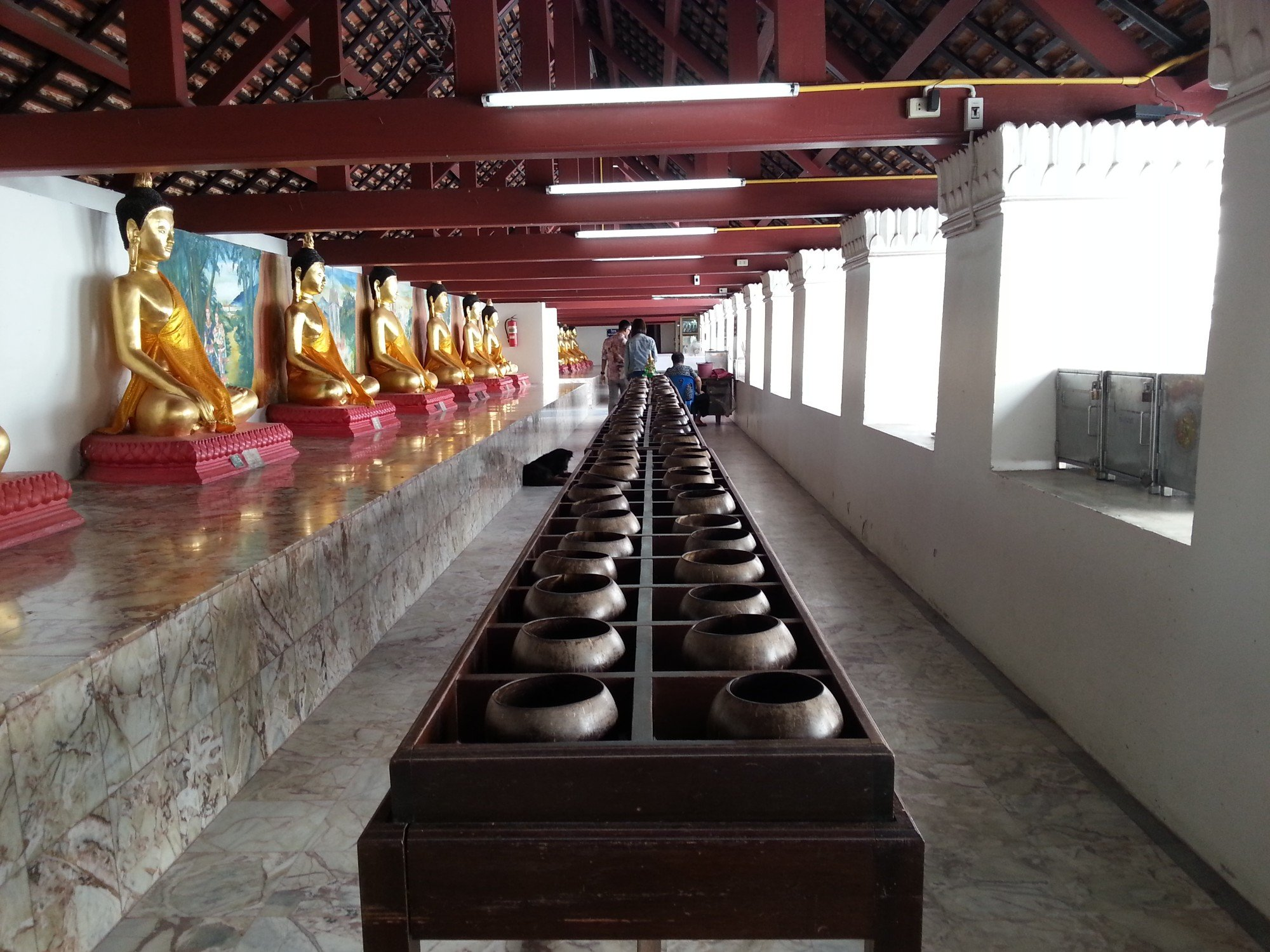 108 coin jars at Wat Phra Mahathat
