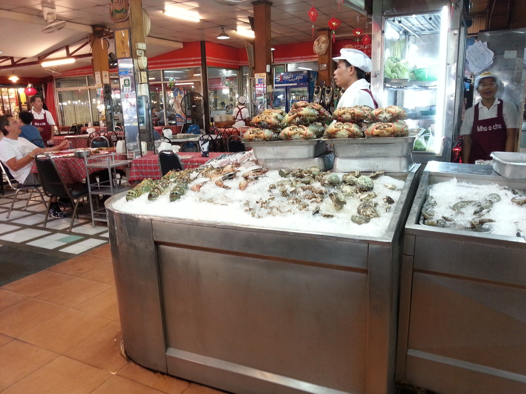 Seafood restaurant at Anusarn Market