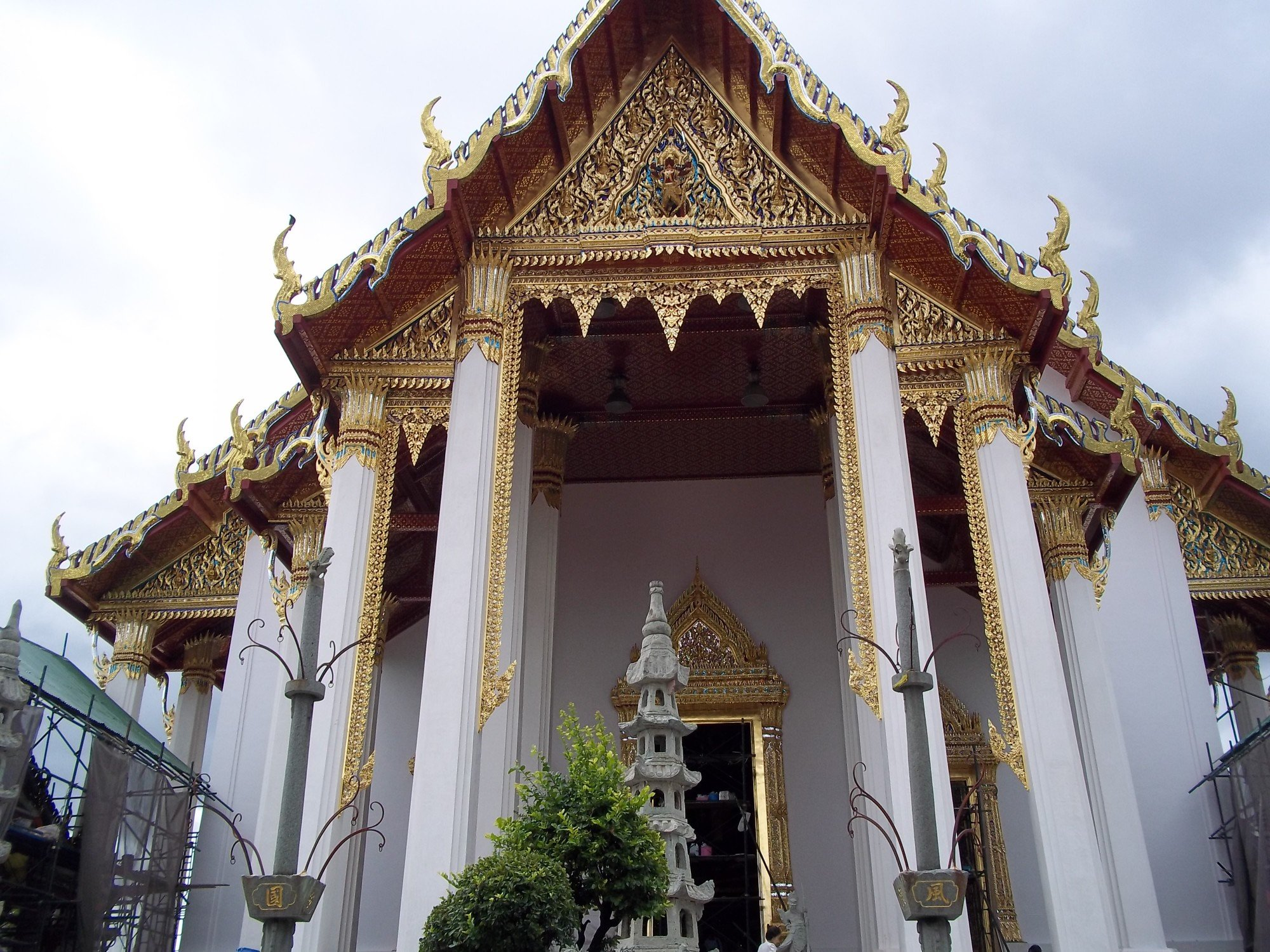 Assembley Hall at Wat Suthat Thepwararam