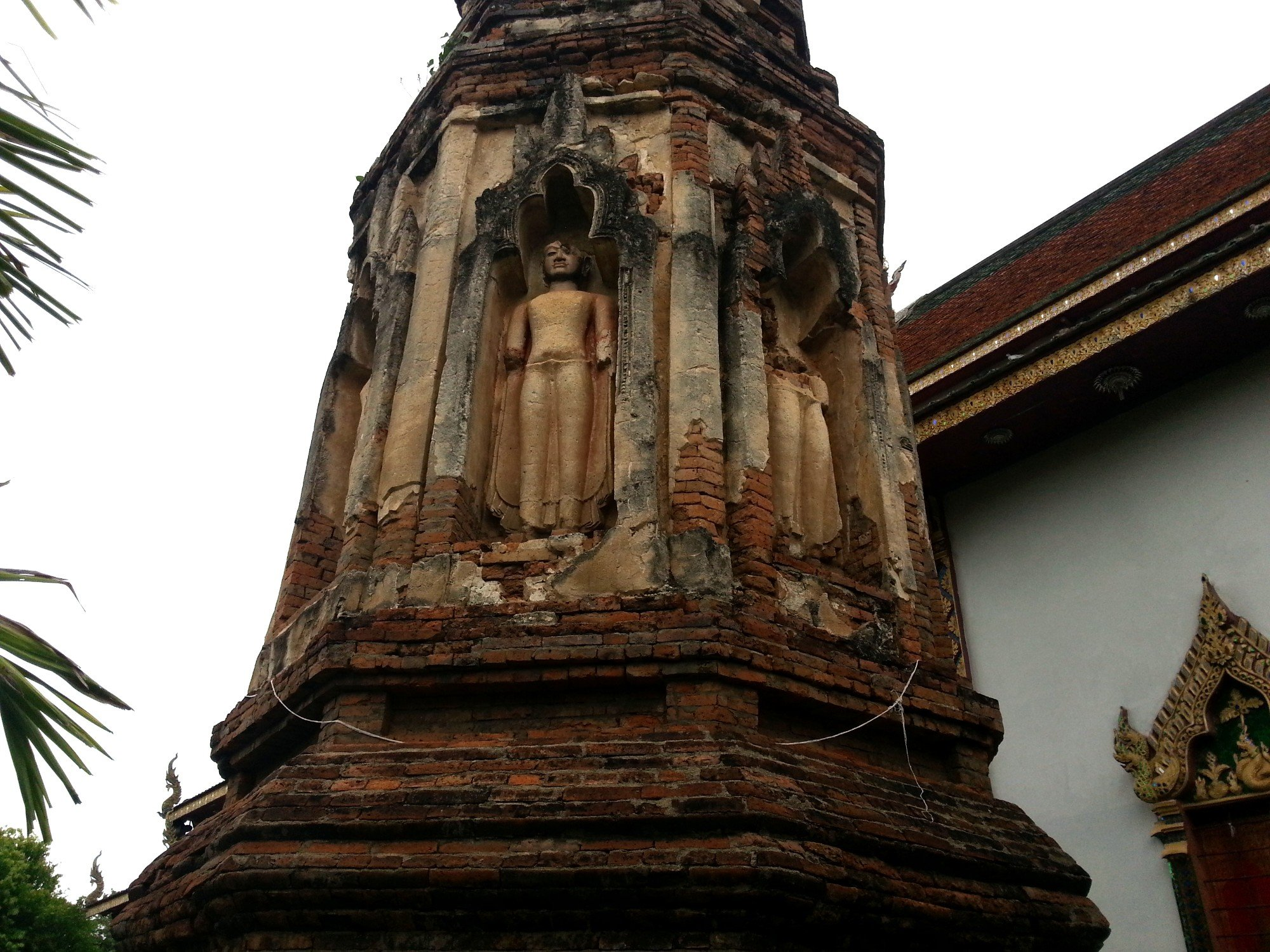Carvings on the Ratana Chedi