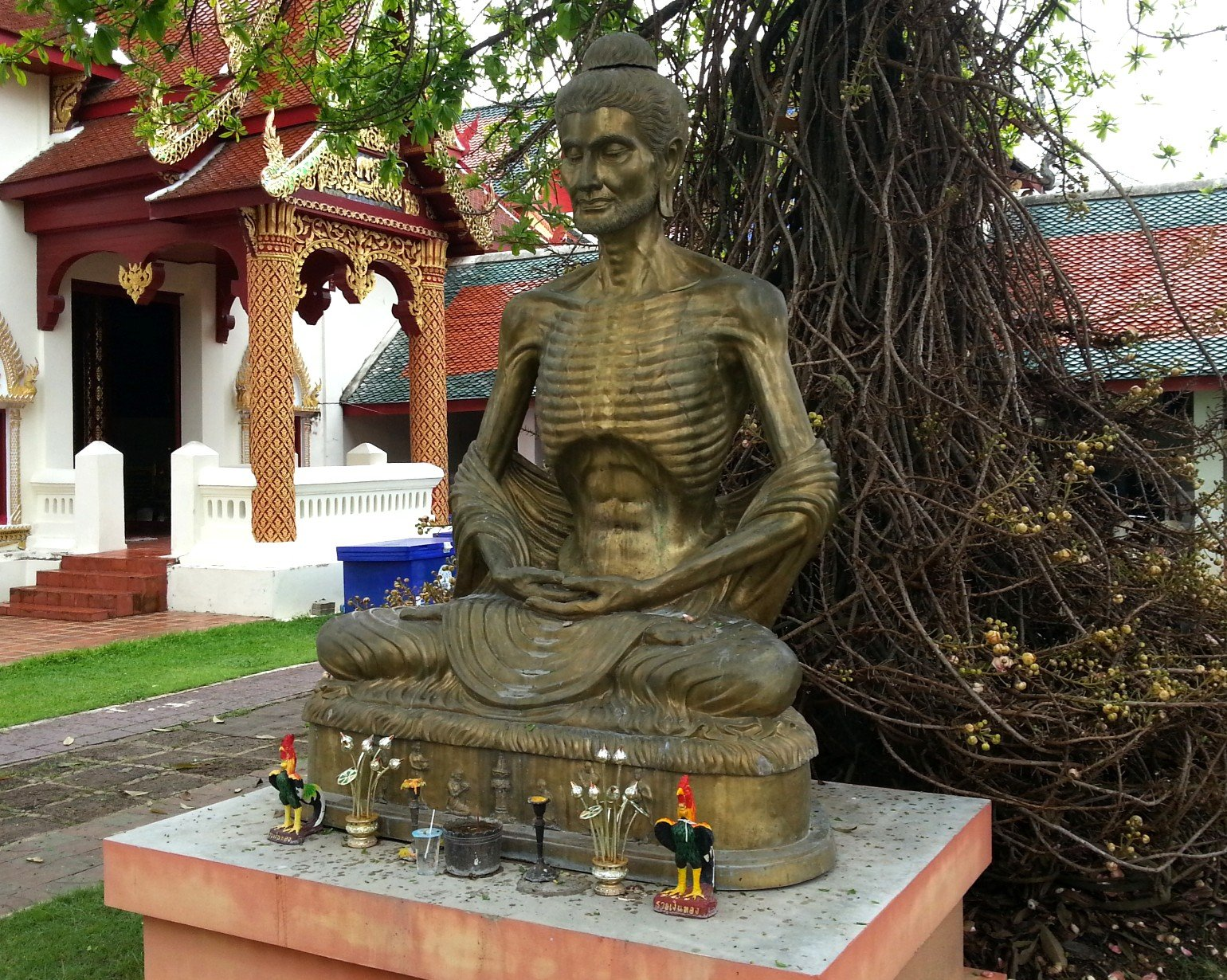 Emaciated Buddha statue at Wat Phra That Hariphunchai
