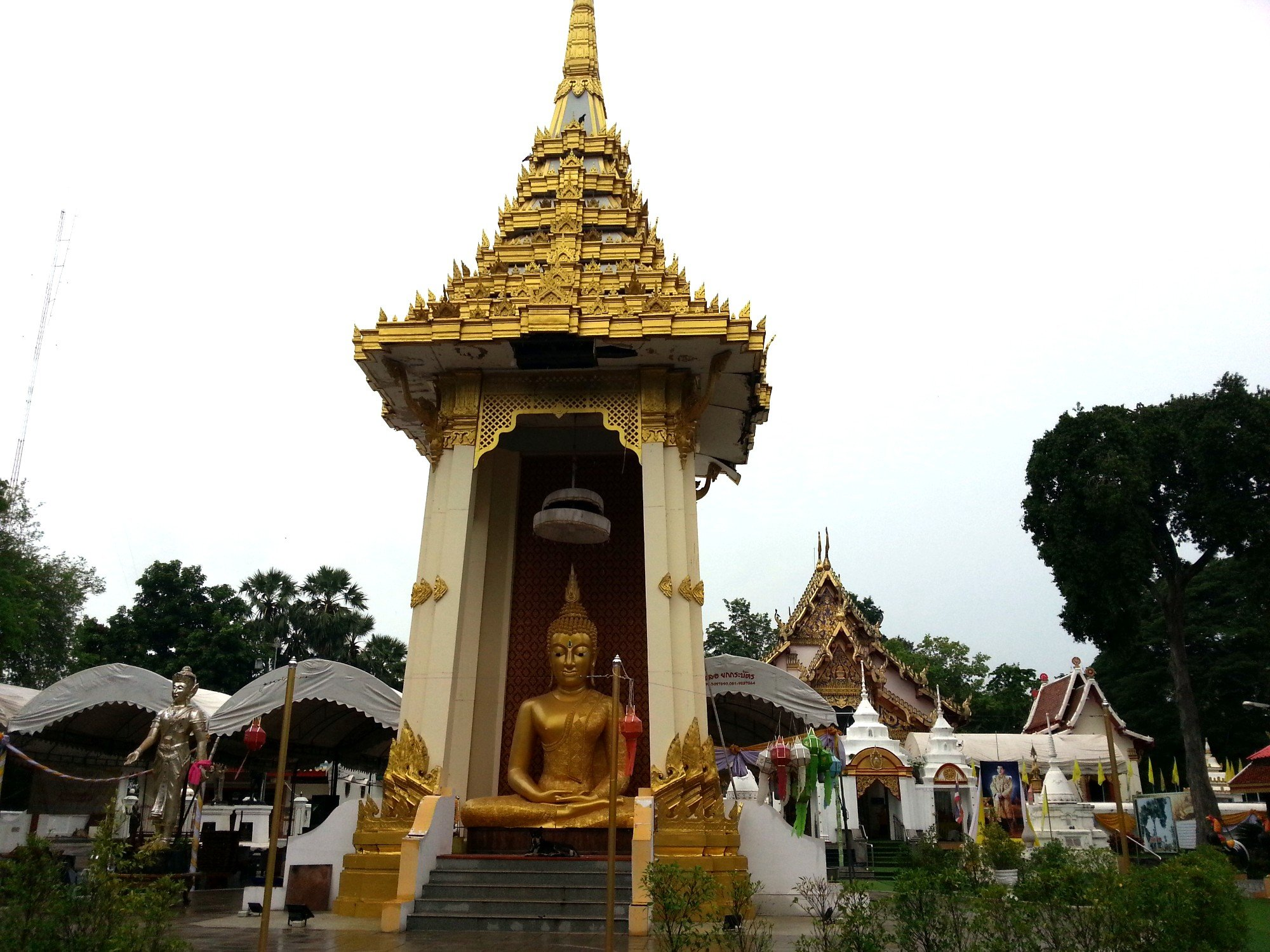 Wat Phra Thaen Si La At in Uttaradit