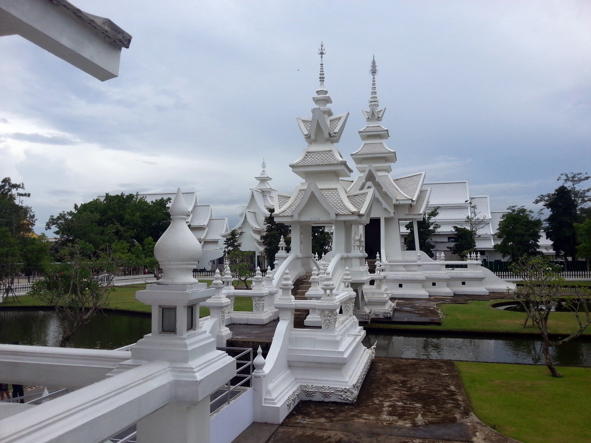 Buildings under construction at the White Temple