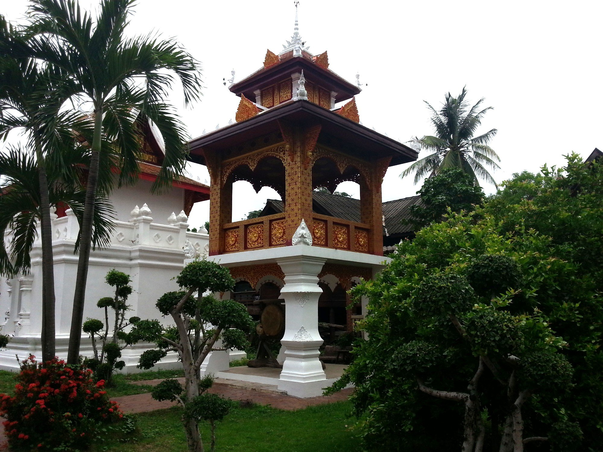 Drum tower at Wat Pratu Pong