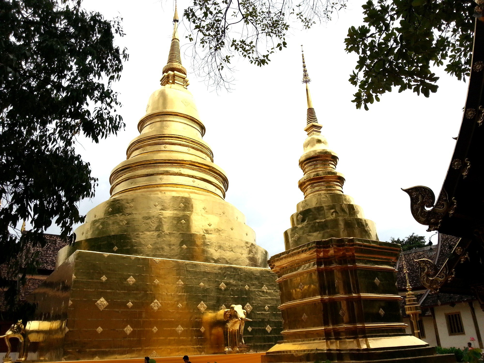 Main chedi at Wat Phra Singh