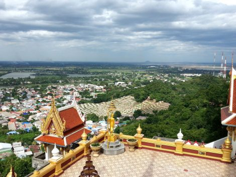 View from the Phra Chulamanee Chedi