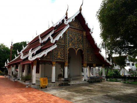 Ordination Hall at Wat Phra Kaew Don Tao