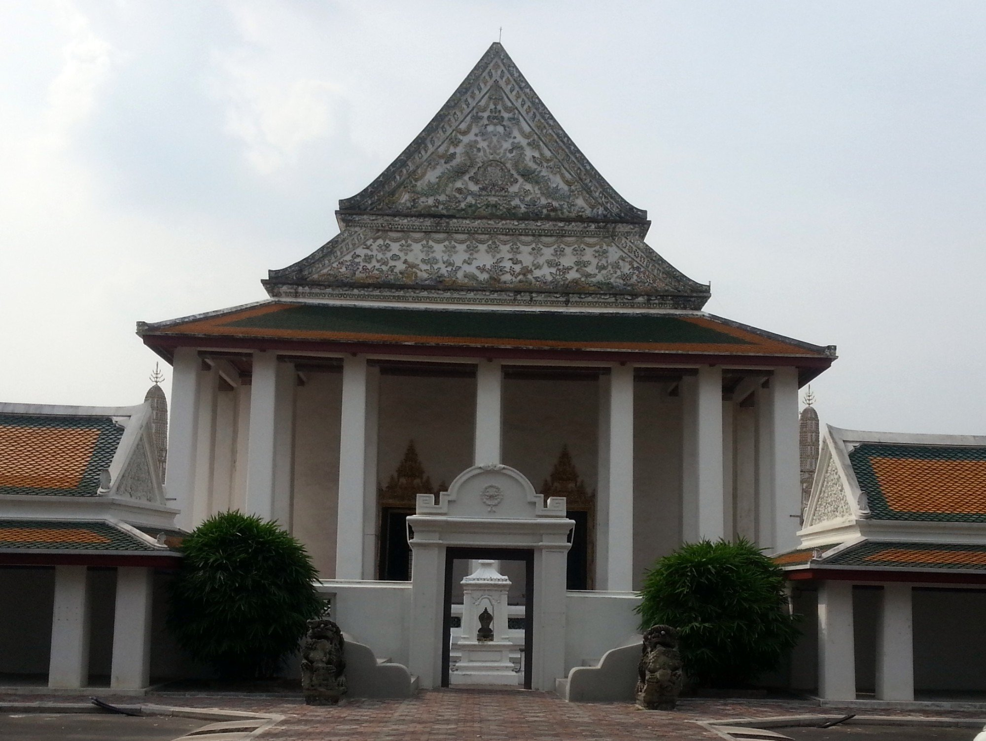 Ordination Hall at Wat Thepthidaram
