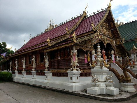 Wooden prayer hall at Wat Mung Muang