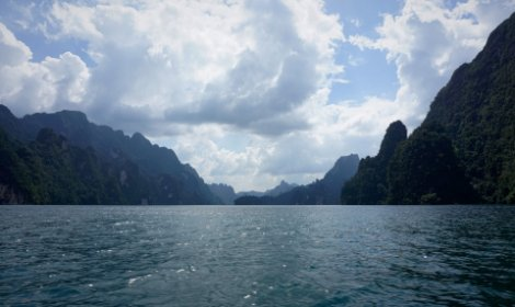 Cheow Lan Lake covers over 20% of Khao Sok National Park