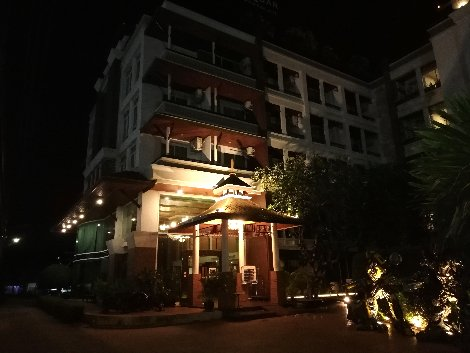 The Suvarnabhumi Suite Hotel is close to Bangkok Airport